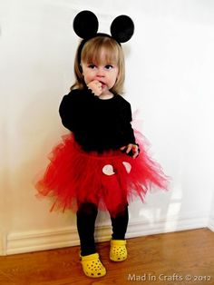 DIY Halloween Costume - Mickey or Minnie Mouse Costume Halloween, Diy Halloween Costumes For Women, Halloween Kids, Halloween 2014, Couple Halloween, Minnie Mouse Costume Toddler, Disfraz Minnie Mouse, Homemade Minnie Mouse Costume, Homemade Toddler Costumes