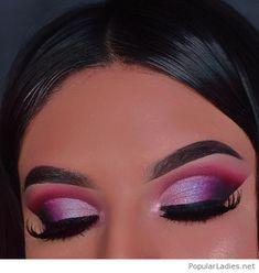 Glam pink eye make-up