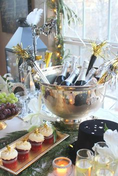 What a great New Year's Eve party!  See more party ideas at CatchMyParty.com!  #partyideas #newyears
