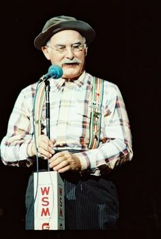 grandpa jones always listened to him do the christmas guest