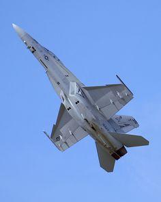 Boeing F/A-18 Super Hornet: