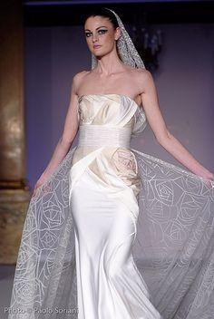 Rami Al Ali unique wedding gown
