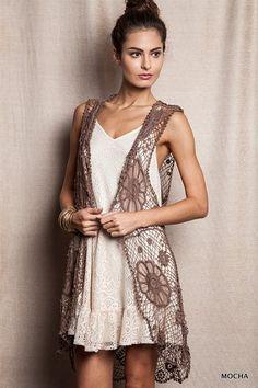 Lovely floral crochet kimono vest! #crochet #vest #floral #boho #gypsyoutfitter