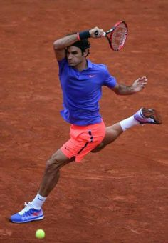 If they awarded points for grace, Fed would have 38 majors. French Open 2015.