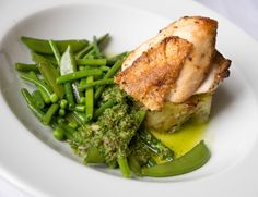 Spring main course Fulham, Main Courses, Seaweed Salad, Maine, Spring, Ethnic Recipes, Food, Main Course Dishes, Entrees