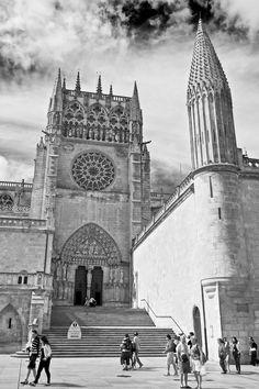 CATEDRAL DE BURGOS, Pináculo esquinero del claustro de la Catedral de Burgos, España / Todos os tamanhos | Burgos | Flickr – Compartilhamento de fotos!