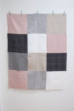 Ive always wanted to make a quilt but they mostly look so busy. Great neutral color blocks