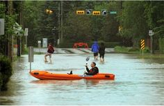A Calgarian paddled a boat along a street in the Elbow Park area of Calgary after the Elbow River spilled over the banks and flooded a large area surrounding it on June Photograph by: Colleen De Neve, Calgary Herald Kindness Of Strangers, Dramatic Photos, Calgary, Paddle, Banks, Southern, June, Photograph, Fotografie