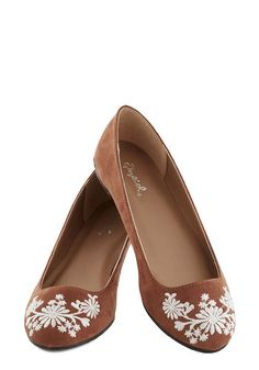 Petal Down the Lane Flat in Chestnut, #ModCloth
