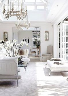 white living room / family room with amazing chandelier. home decor and interior decorating ideas. Home Interior, Interior Decorating, Townhouse Interior, White House Interior, Home Living Room, Living Spaces, London Mansion, London Townhouse, White Rooms