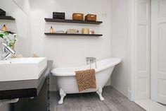 1000 id es sur salle de bains avec baignoire pattes sur - Douche pour bain sur patte ...