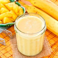 Acid Reflux Diet Juice.  This is really yummy and refreshing! Enjoy!   Ingredients: 1 and 1/2 Cups Diced Fresh Pineapple, 1 Banana, 1/2 Cup Greek Yogurt, 1/2 Cup Ice, 1/2 Cup Pineapple Juice or Water.