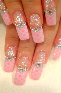 louis vuitton pink glitter nailart