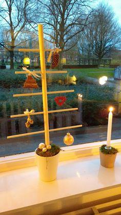 DIY houten kerstboom van bouwmarktmaterialen