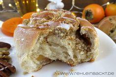 Weihnachtliche Gewürzschnecken mit Nuss-Füllung und Sharonfrüchten   Foodblog rehlein backt