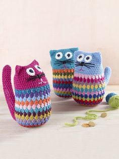 4 Seasons Pure wool crochet cats - Project - Spotlight New Zealand Knitted Cat, Knitted Animals, Crochet Cat Pattern, Crochet Patterns, Free Pattern, Cat Amigurumi, Amigurumi Patterns, Crochet Gifts, Crochet Toys