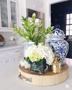 home decor blue blue and white kitchen ideas Glass Kitchen Cabinets, Kitchen Island Decor, Kitchen Colors, Kitchen Ideas, Blue Kitchen Decor, Kitchen Designs, Diy Kitchen, Kitchen Vignettes, Chef Kitchen