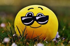 """Humorously Yours - """" Odd even तृतीय के मंद हैं आसार, winter तक मत छेड़ना गुस्साये हैं Kejriwal"""""""