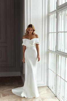 Formal Dresses For Weddings, Dream Wedding Dresses, Dress Formal, Formal Wear, Outdoor Weddings, Country Weddings, Summer Weddings, Romantic Weddings, Unique Weddings