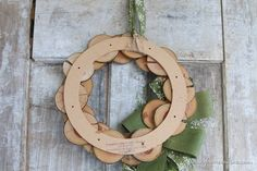 Wood slice & Burlap Christmas Wreath - Finding Home Farms Christmas Post, Burlap Christmas, Christmas 2014, Christmas Crafts, Christmas Decorations, Aspen Wood, Wood Wreath, Xmas Wreaths, Craft Show Ideas