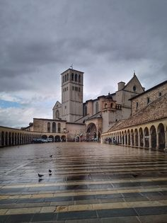 basilika san francesco in assisi - Google Suche Louvre, San, Building, Google, Travel, Europe, Vacation, Viajes, Buildings