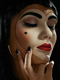 A queen of hearts costume makeup