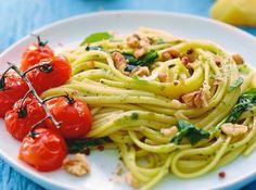 Spaghettis revisités aux tomates, basilic et pesto de Cyril Lignac