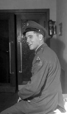 Elvis Presley at the Ritters Park Hotel in Bad Homburg, Germany (October, 1958)