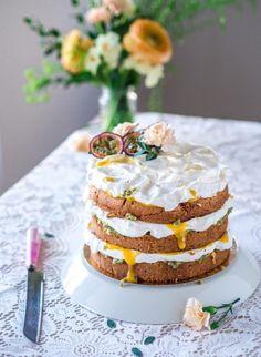 Pääsiäisen Mango-Passion Naked Cake (G) Mango Cheesecake, Most Delicious Recipe, Vanilla Cake, Sweet Treats, Food And Drink, Easter, Yummy Food, Baking, Passion