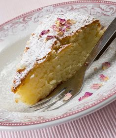 cake with rosewater Greek Sweets, Greek Desserts, Greek Recipes, Sweet Loaf Recipe, Cake Recipes, Dessert Recipes, Loaf Recipes, Christmas Dishes, Almond Cakes