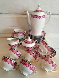 FINN.no - Mulighetenes marked KPM nydelig rose servise