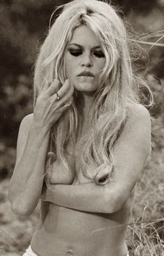 Brigitte Anne-Marie Bardot is former French actress, singer and fashion model. One of the best known sex symbols of the and Bardot photographed by Terry Bridgitte Bardot, Divas, Maquillage Brigitte Bardot, Françoise Hardy, And God Created Woman, Joelle, Deneuve, Actrices Hollywood, Celebrity Gallery