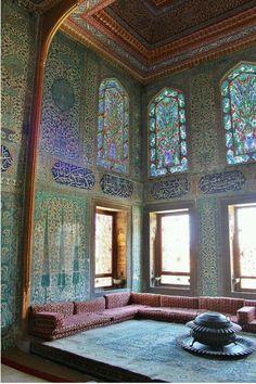 Topkapi Palace, Istambul, Turkey. I had a photo of this exact same room... don't know where :(