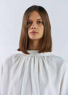 Shirt in Silk and Satin - Céline Celine, Fashion 2018, Womens Fashion, Simple Style, My Style, Shirt Blouses, Shirts, Cute Hairstyles, Hair Inspiration