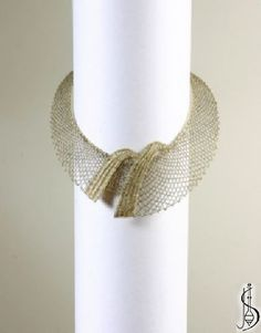 Necklace No. 10231 Gold and dark gold. Price: € 52 Other color variations are in the catalog. Protected by copyright!