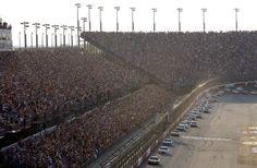 Motori, gomme, aerodinamica, calendario: grossi cambiamenti in arrivo per la Sprint Cup