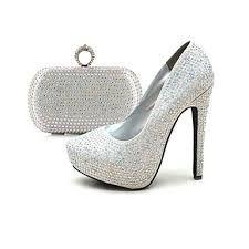 Resultado de imagen para zapatos y bolsos de mujer