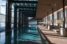 The Chedi SPA Andermatt, Andermatt, Switzerland Andermatt, Small Pool Design, Spa Design, Indoor Swimming Pools, Swimming Pool Designs, Luxury Swimming Pools, Gta Carros, Pool Water Features, Home Building Design