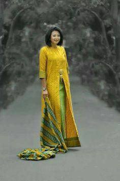 Cantik Batik Fashion, Abaya Fashion, Muslim Fashion, Ethnic Fashion, Modest Fashion, African Fashion, Fashion Outfits, Womens Fashion, Batik Kebaya