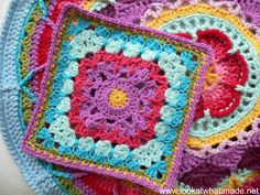 See How They Run Crochet Square Pattern (Block 23 in 2014 CAL) #crochettutorial #grannysquare   Look At What I Made