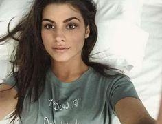 Δανάη Παππά: Αποκάλυψε πως της έγινε πρόταση στο Τατουάζ! Όταν είδα το μήνυμα θεώρησα... T Shirts For Women, Beautiful, Greek, Tops, Girls, Fashion, Toddler Girls, Moda, Daughters