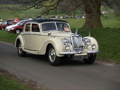 Riley 2.5 Saloon Classic Cars -...  Like, repin, share, Thanks!