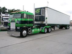 Cabover Truck, wheels, green, road, transportation, photograph, photo