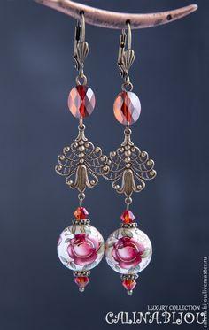 Купить Винтажные серьги с бусинами Тенша - ярко-красный, красный, розы, викторианский стиль, викторианский
