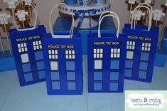 da25d7b5ed Doctor Who Party Favor / Gift Bag - Tardis Birthday Party Printable - FILE  to PRINT DIY