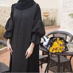 Image may contain: one or more people Hijab Gown, Hijab Style Dress, Dress Outfits, Abaya Style, Iranian Women Fashion, Islamic Fashion, Street Hijab Fashion, Abaya Fashion, Black Hijab