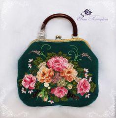 Купить Сумка Дивный сад валяная из шерсти с платком - зеленый, купить сумку валяную