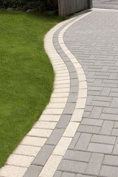 Design your garden to suit your style! Get creative with colours and textures. The Omega range is our most popular block paving, due to the three thicknesses range of colour options available. Featuring - Omega Charcoal with Omega Natural Edging. Front Garden Ideas Driveway, Modern Driveway, Driveway Design, Driveway Landscaping, Block Paving Driveway, Paver Walkway, Stone Driveway, Pavement Design, Paving Design