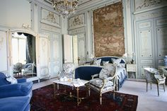 The Windsor Suite, Hotel Ritz Paris, 2002 Courtesy Ludovic Maisant/Corbis