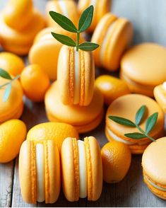 Sweet and beautiful themed macarons!🍰❤ - Would you grab one, two or perhaps all of them?🙄 - Tag a macaron lover!😉 - Start to bake with Macarons, Macaron Cookies, Cute Desserts, Delicious Desserts, Yummy Food, French Cookies, Food Porn, Macaroon Recipes, Cake Boss